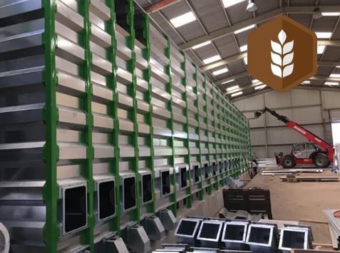 Visite de la plateforme Biotopes : Unité de collecte, nettoyage, séchage, triage, stockage, décorticage et conditionnements de graines biologiques.